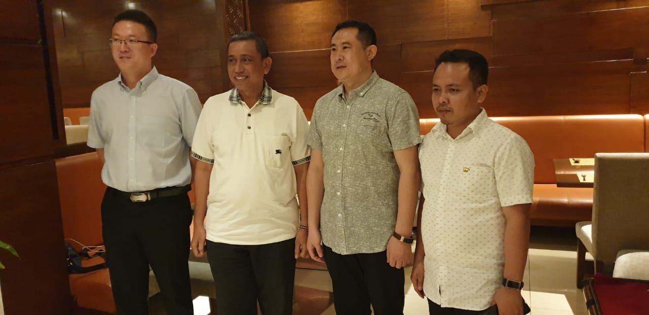 Meeting Governor (2)